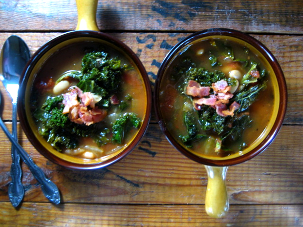 Healthy Recipe: Kale and Cannellini Bean Soup
