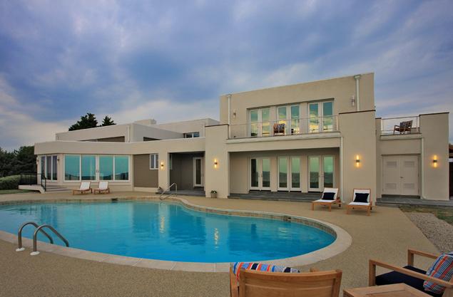 Beach Home Envy: A Modern Design on the Eastern Shore