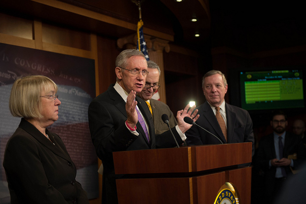 Harry Reid Says He Won't Attend Redskins Games Until Team Changes Name