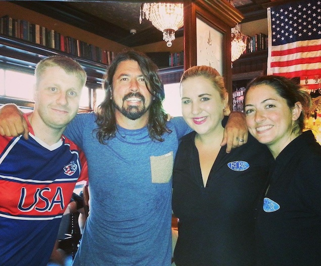 The Foo Fighters Stop By Georgetown's Ri Ra