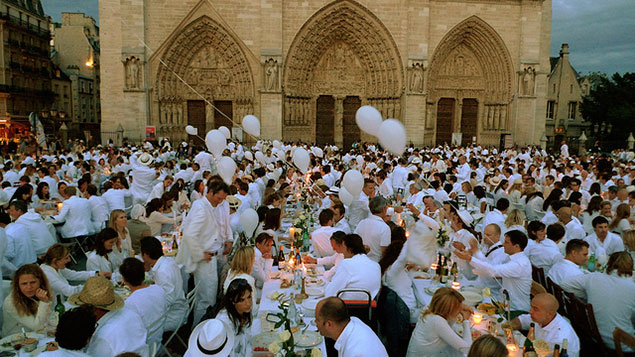 Dress in White and BYO Table: Dîner en Blanc Comes to DC