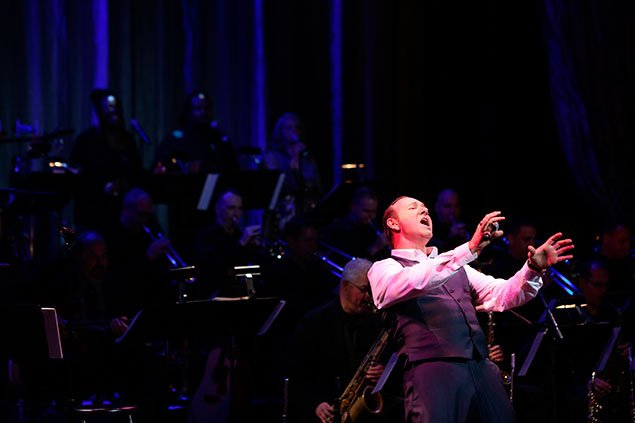 For Kevin Spacey, the Show Must Go On—Even With a Frog In His Throat