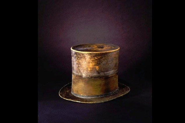 The Things He Carried: Abraham Lincoln's Top Hat and Other Artifacts Go on Display at Ford's Theatre (Photos)