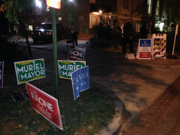 Higher Turnout Than Expected Livens Up Election Day After a Sleepy Race