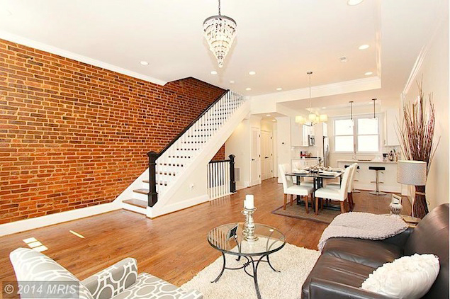 Listing we love a three story truxton circle rowhouse for 3 story house with rooftop deck