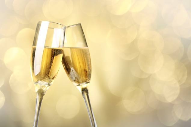 New This Week: Champagne Happy Hour, Pint Night