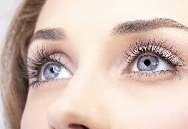 Trend Watch: No More Mascara With Eyelash Extensions