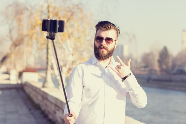 Hirshhorn Bans Selfie Sticks–and Other Smithsonian Museums Could Follow