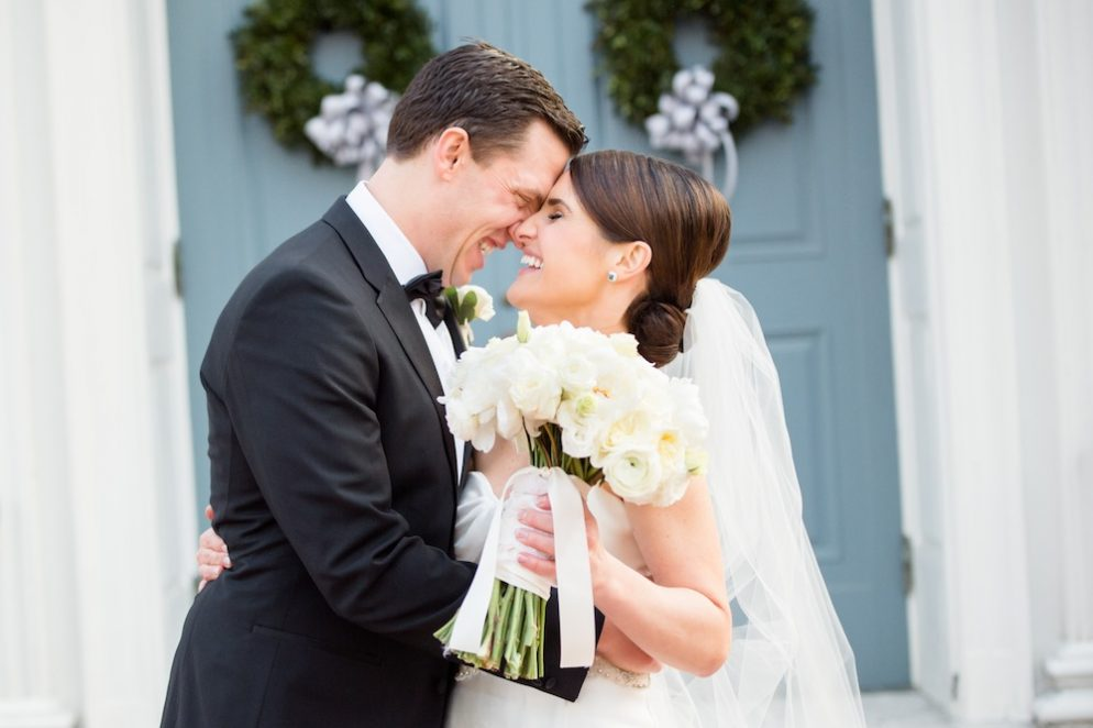 A Cozy Winter Wedding at the Carnegie Institute for Science