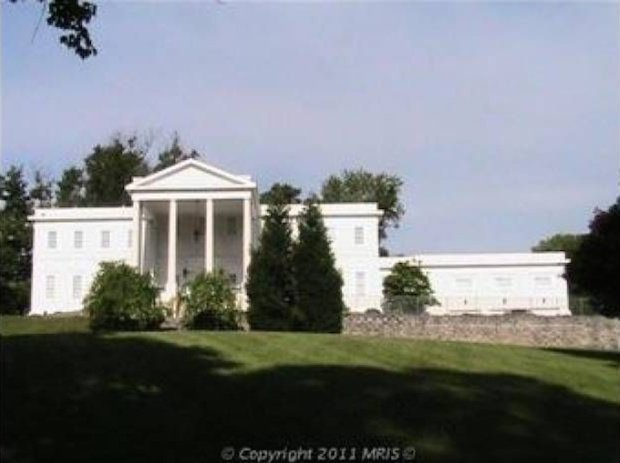 The Secret Service Wants to Build a Fake White House. It Could Just Buy This One in McLean.