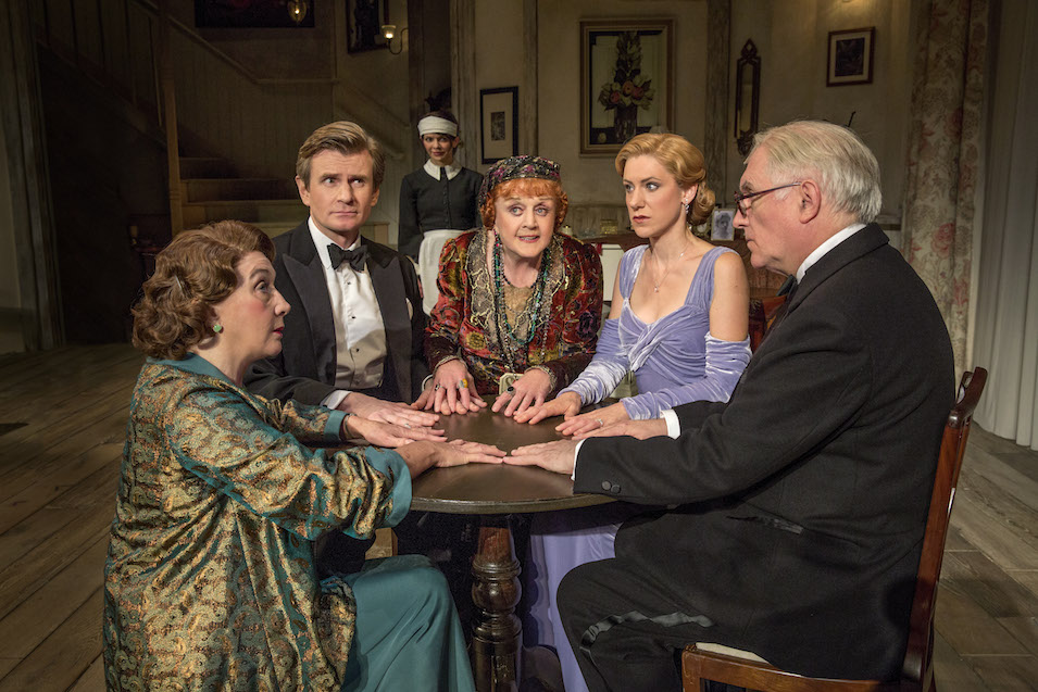 """Blithe Spirit"" Review: 89-Year-Old Angela Lansbury Shows Us How It's Done"