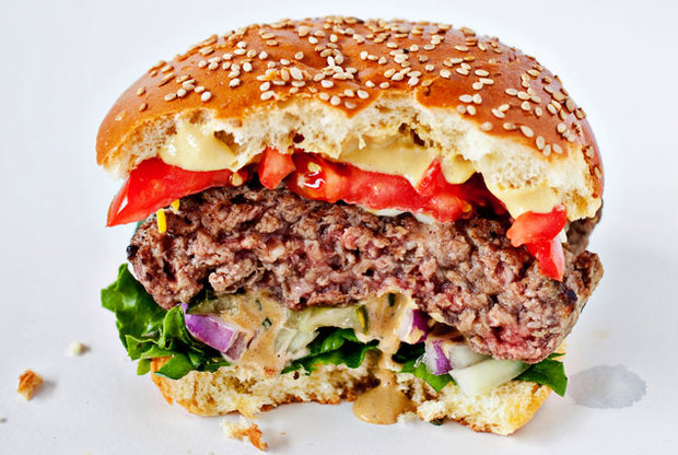 The Great Burger Battle: Ray's Hell-Burgers vs. BGR