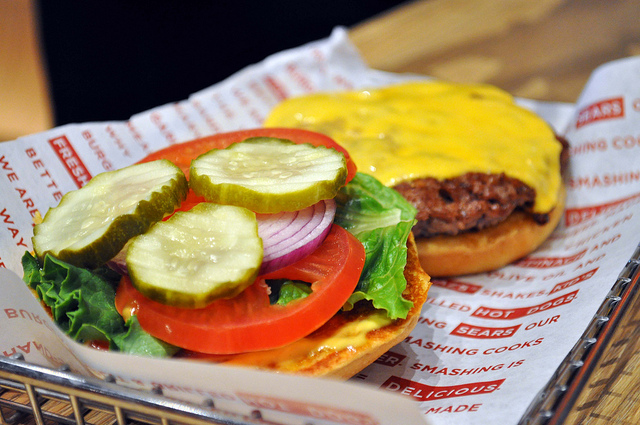 The Great Burger Battle: Smashburger vs. Z-Burger