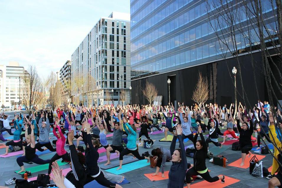 Free Yoga Classes at CityCenterDC