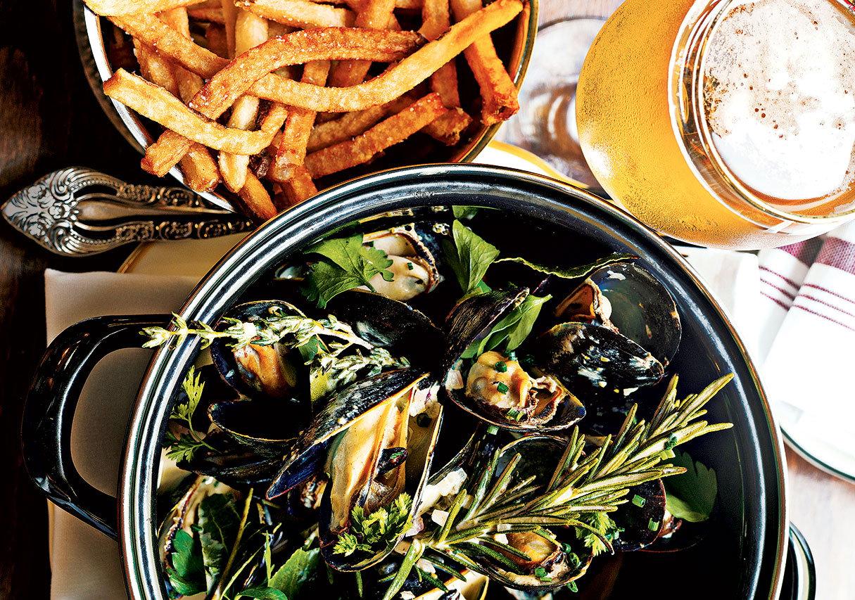Best restaurants in Georgetown DC Chez Billy Sud.