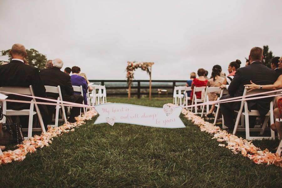 Rustic Chic Wedding At Bluemont Vineyard In Virginia