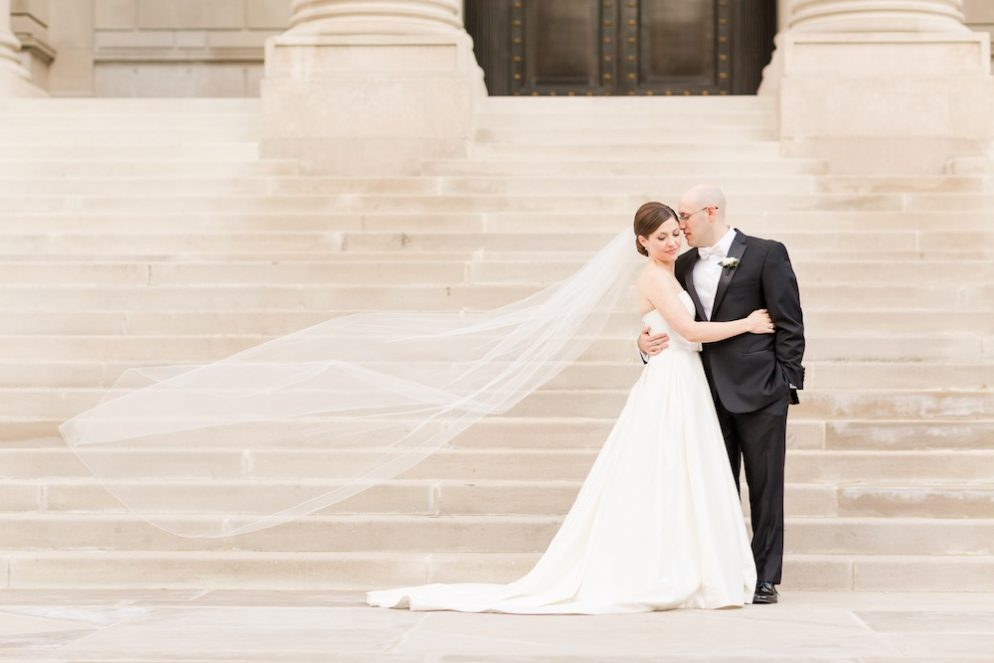Preppy Black and White Wedding at the Carnegie Institution for Science