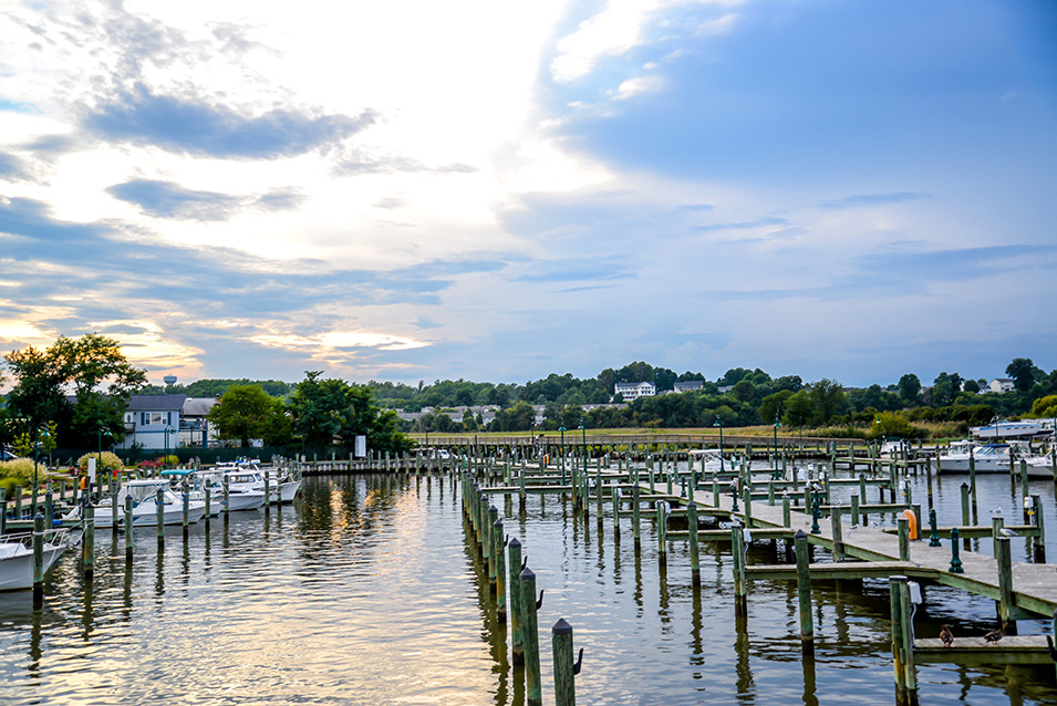 Beach Blanket Bargain Chesapeake Has Marinas A Boardwalk Water Park And Compared With Other Seaside Towns Affordable Property