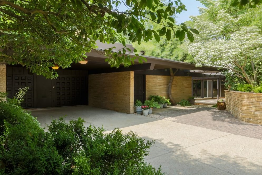 Inside a .05 Million Midcentury Modern Mansion in Chevy Chase