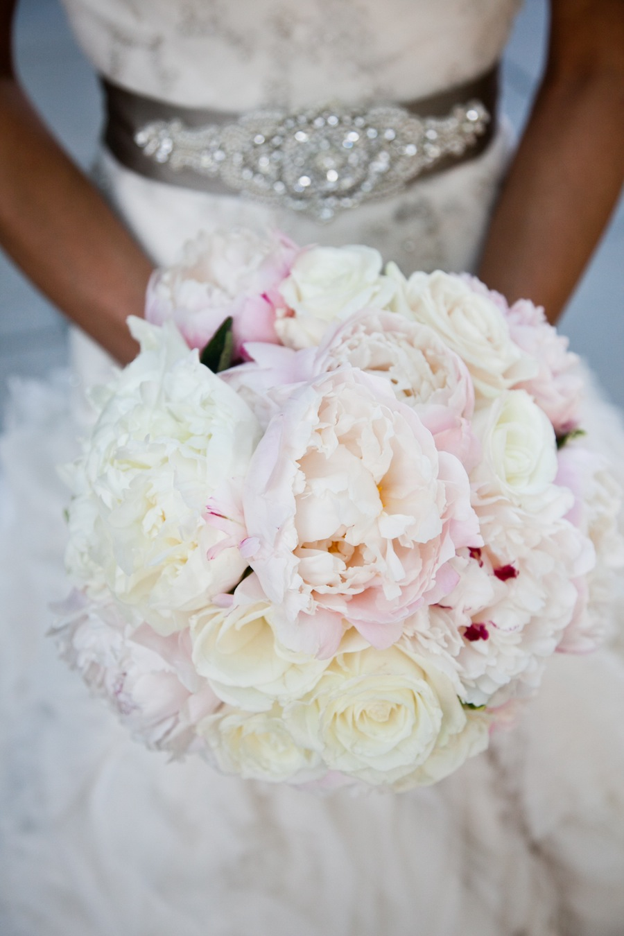White Wedding Dress With Red Roses 29 Lovely Chandra Leach us bouquet