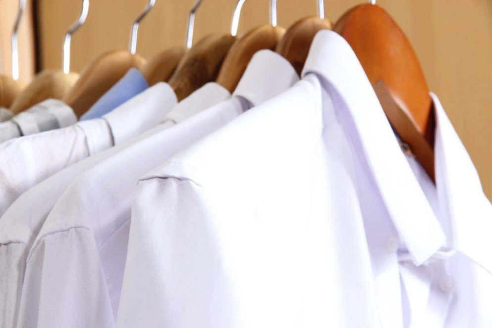How to remove armpit stains from your white shirts for How to remove dark underarm stains from shirts