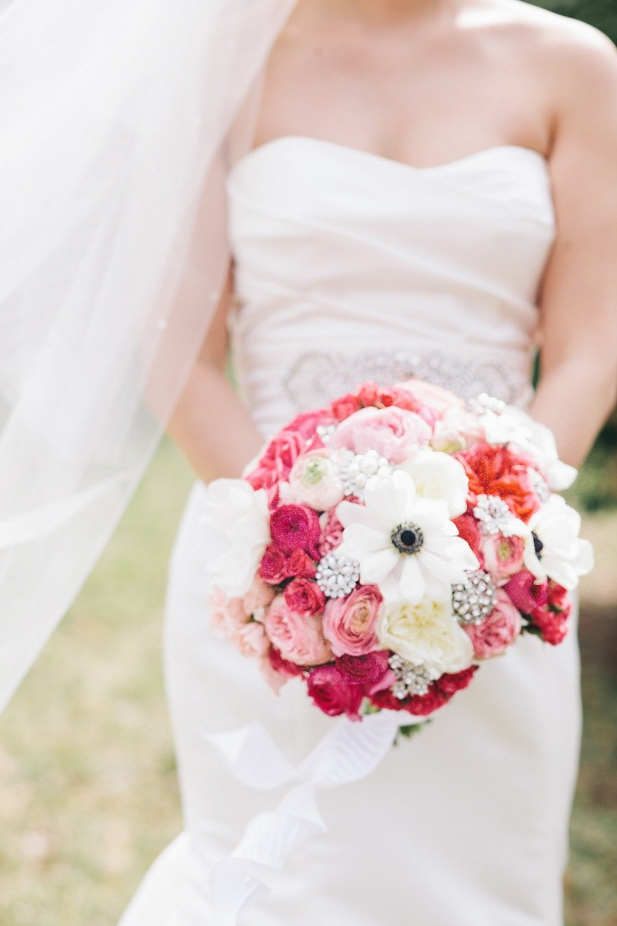 White Wedding Dress With Red Roses 17 Inspirational Margot Laporte trusted her