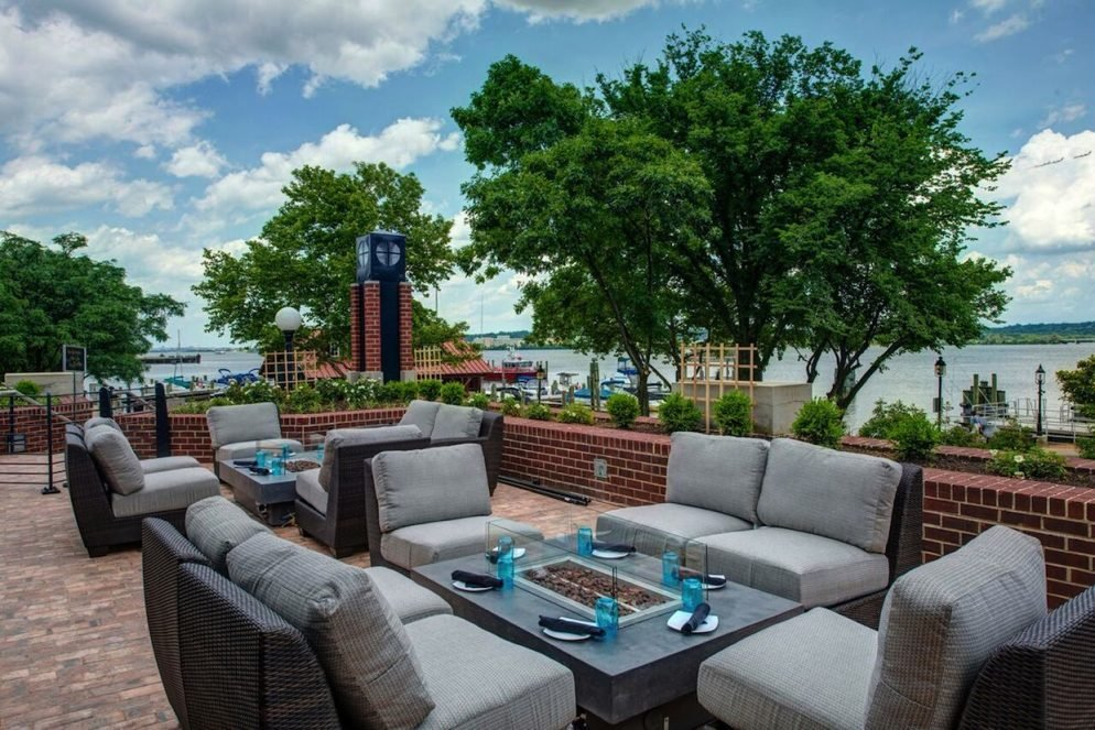 Outdoor Drinking Time: Blackwall Hitch Brings Three Riverfront Patios to Alexandria