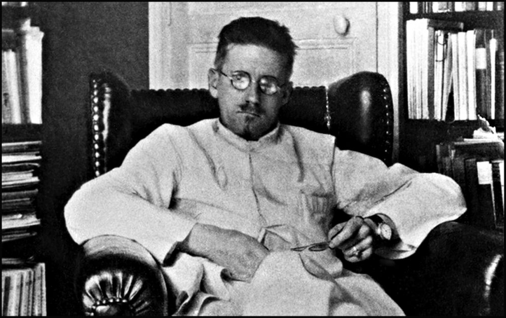"Celebrate James Joyce's ""Ulysses"" With This 30-Hour Marathon Reading"