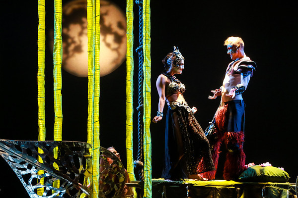 <em>Wall Street Journal</em> to Synetic Theater: Do Shakespeare With Words!