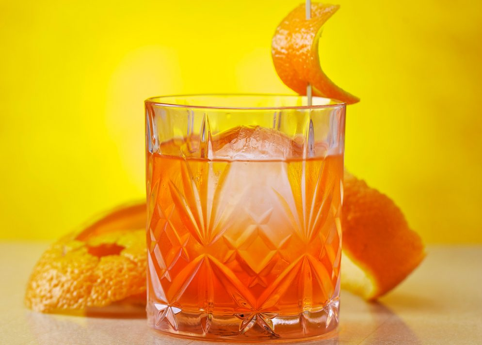 How to Mix a Classic Negroni