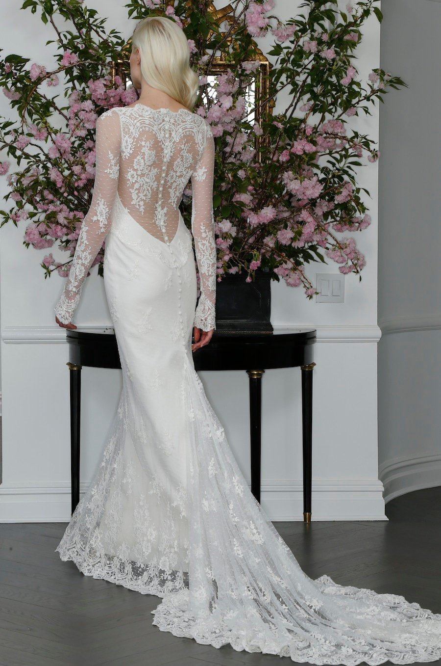 25 Fabulous Wedding Dress Backs You Have to See | Washingtonian