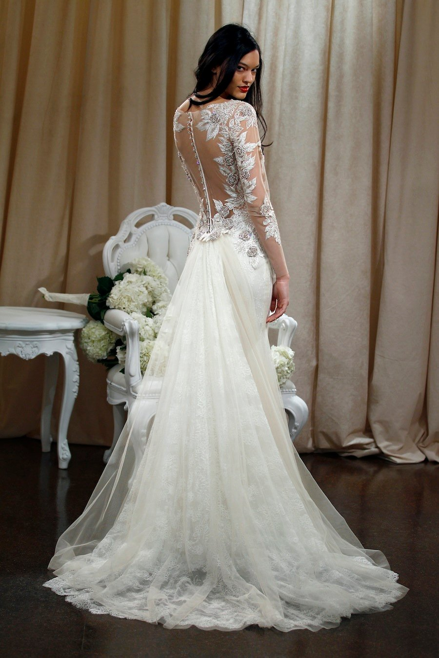 25 Fabulous Wedding Dress Backs You Have To See