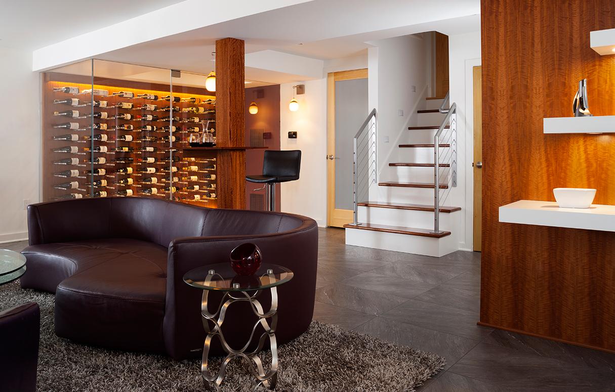 Modern wine cellar best sized wine cellar ideas wine for Wine cellar lighting ideas