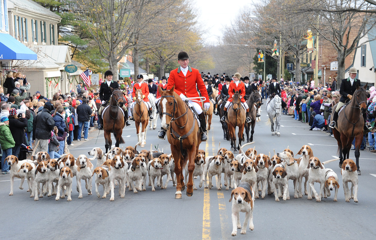 Middleburg Christmas Parade 2021 Craft Show Great Small Towns Near Dc Middleburg Washingtonian Dc