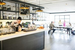DC Restaurants, Bars, and Coffee Shops with Free Wifi