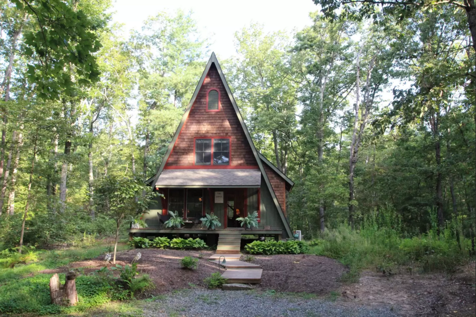 5 stunning airbnb cabins to snuggle up in this winter washingtonian