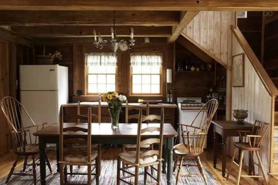 5 Stunning Airbnb Cabins to Snuggle Up in This Winter