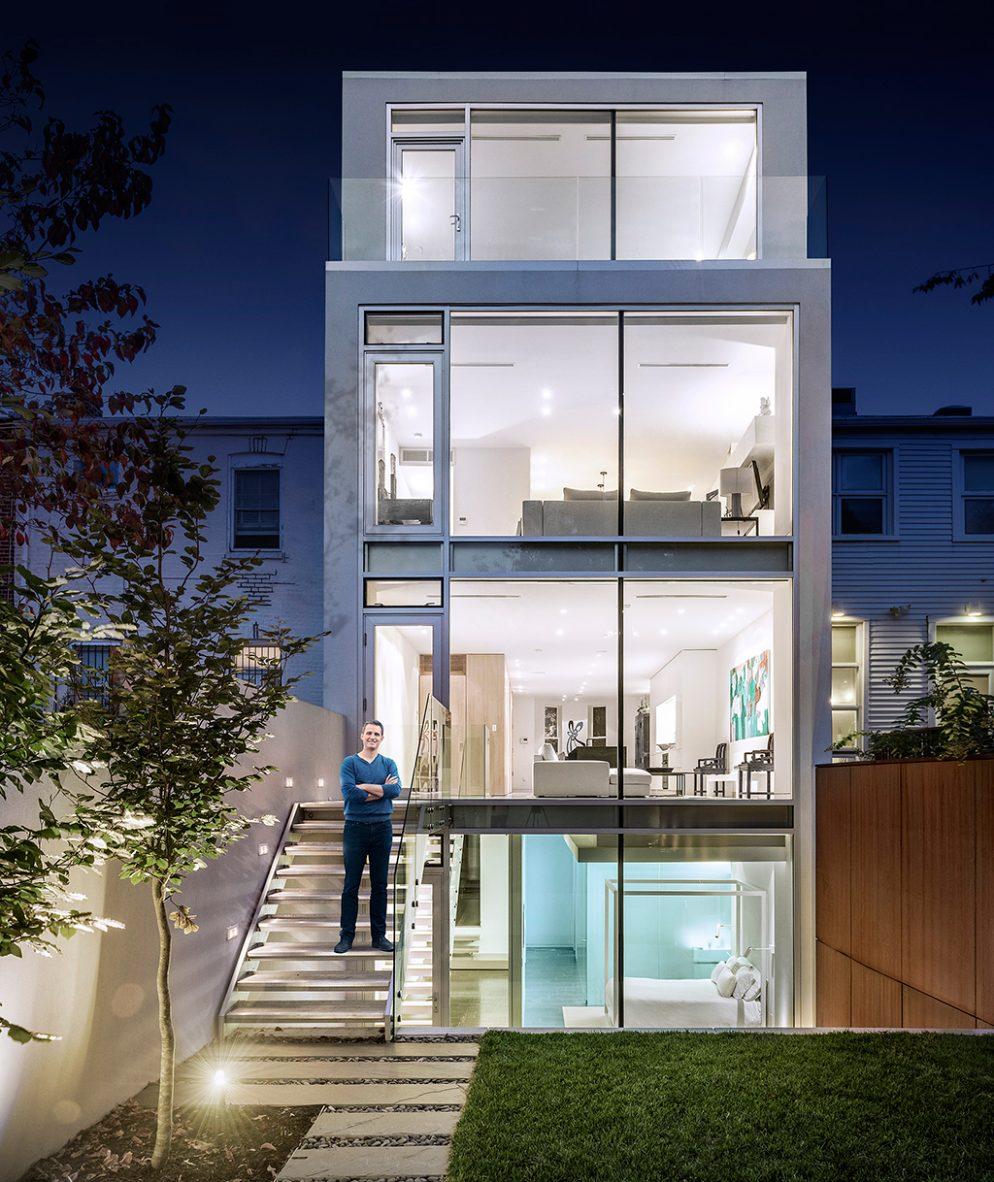 ^ here's an Incredibly Modern Home Hidden Behind a Historic Facade ...