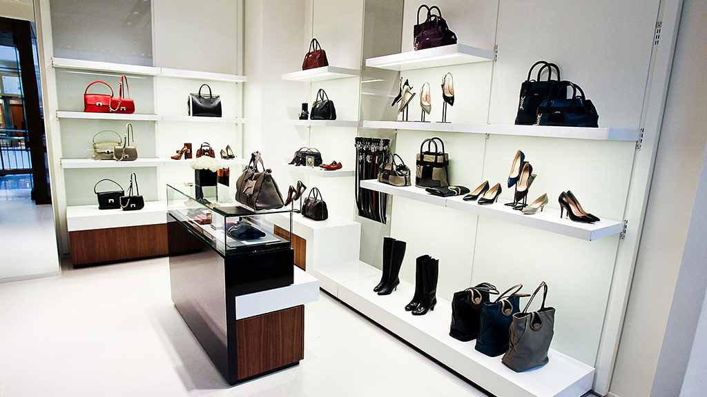 Luxe bags and shoes at Bally in Tysons Galleria. Photograph by Paul Morigi/Getty Images.
