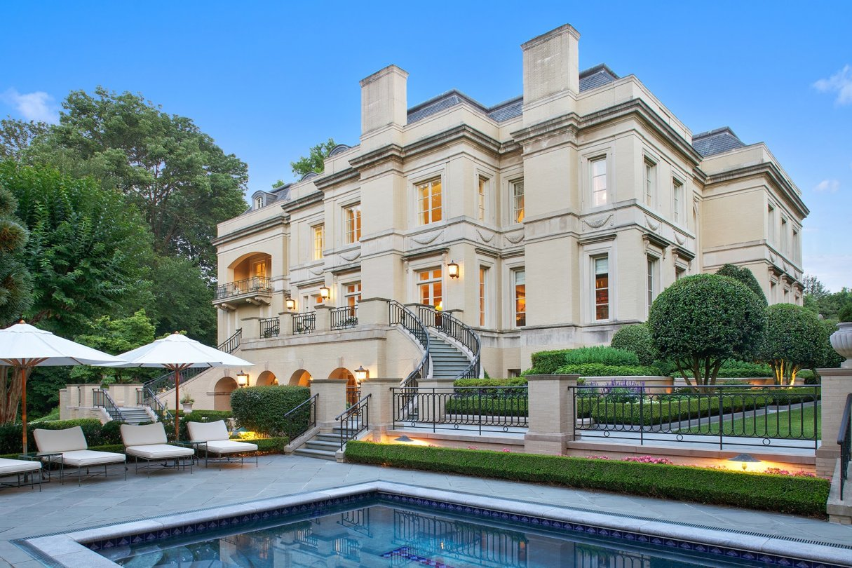 The kuwaiti embassy bought this northwest dc mansion for for Buy apartment in washington dc