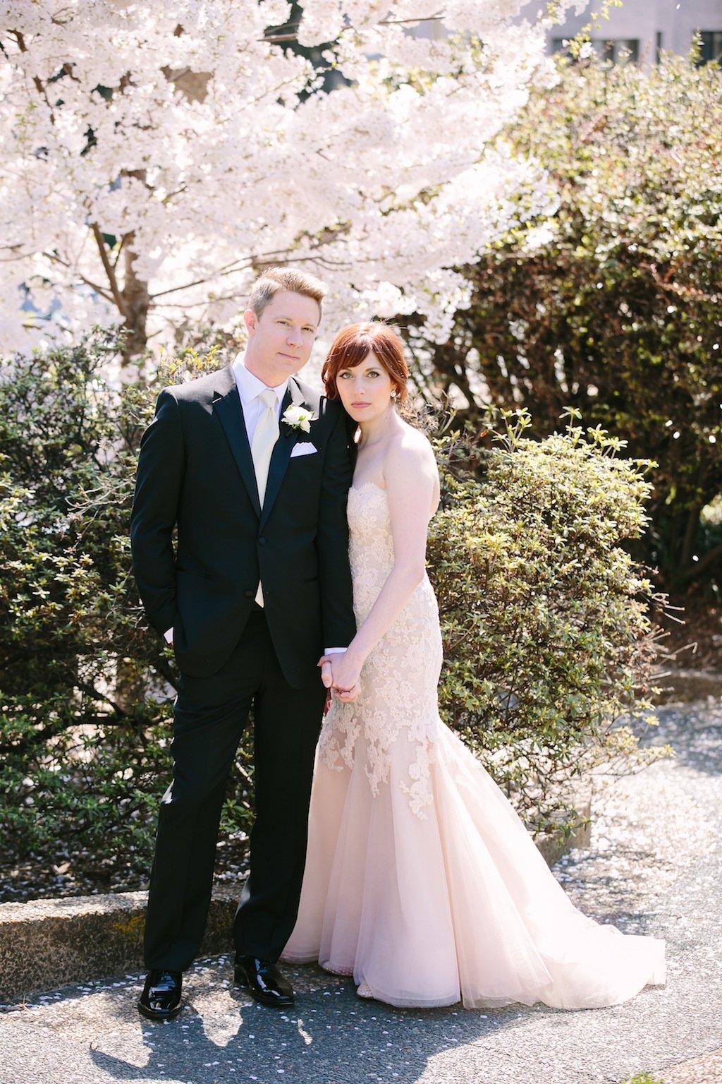 1-13-16-carnegie-institution-for-science-black-white-blush-wedding-4
