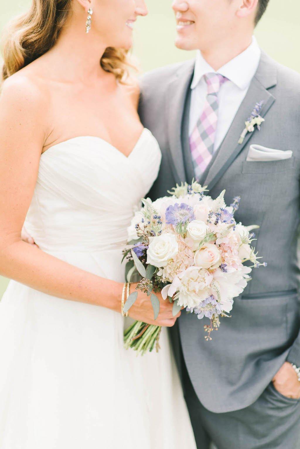 1-25-16-dreamy-pastel-maryland-vineyard-wedding-lizfogarty-4