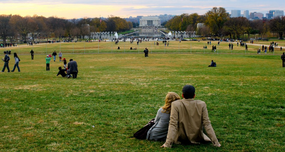 Couple on National Mall Fall-Winter