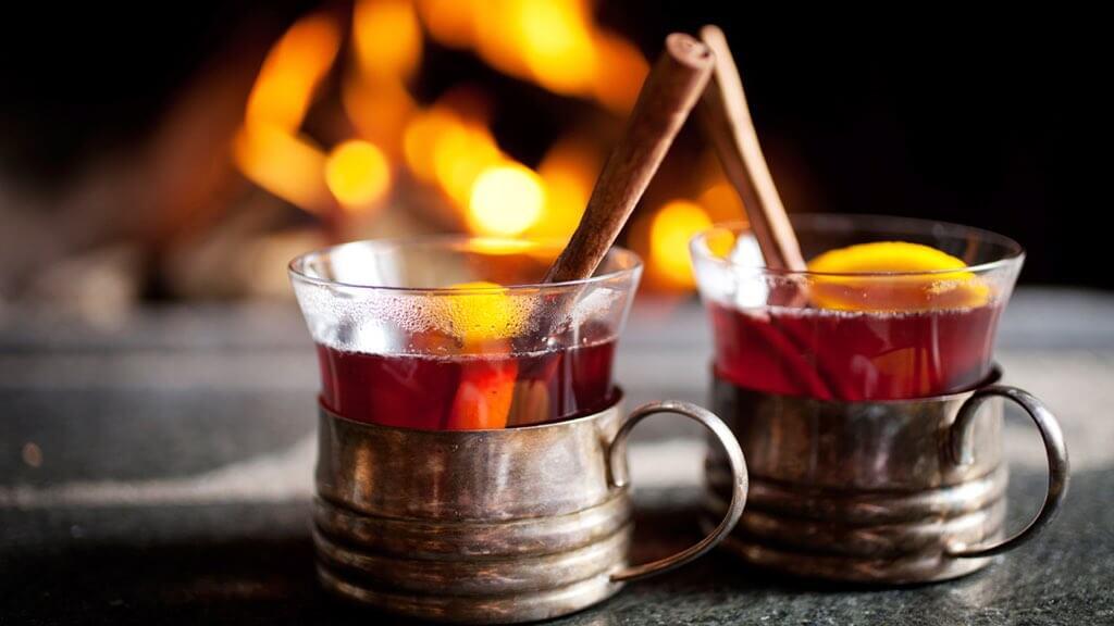 drinksbythefire