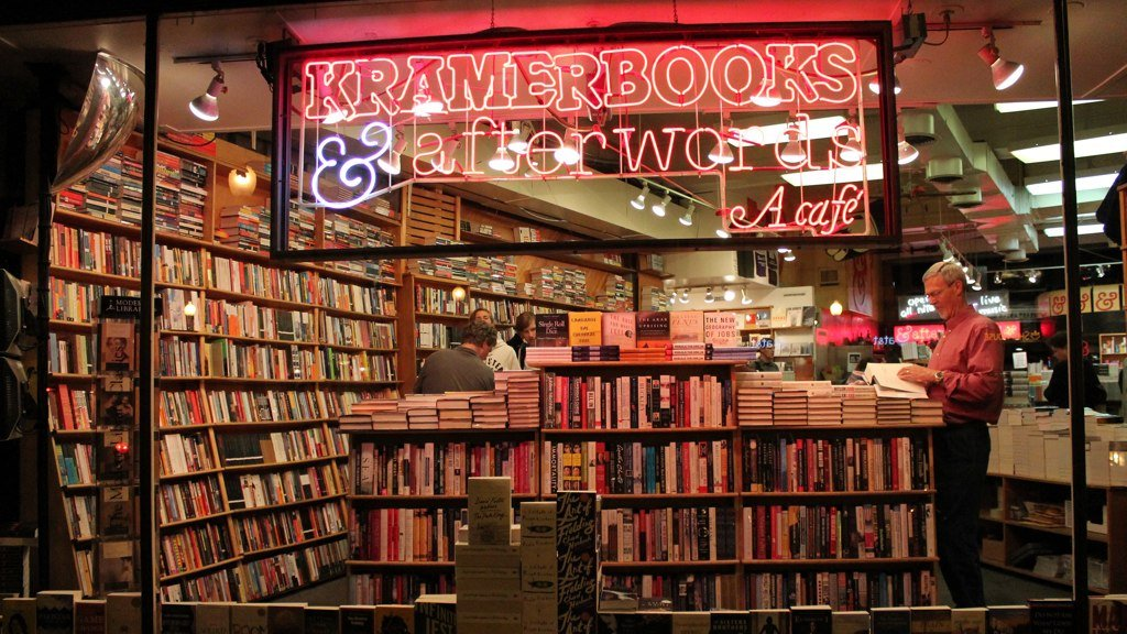 Kramerbooks stayed open during the snowstorm.