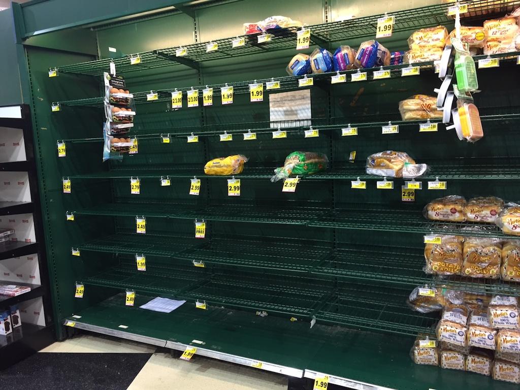 The bread shelves at an Arlington Harris Teeter. Photograph courtesy of Gabriela Ruggiero.