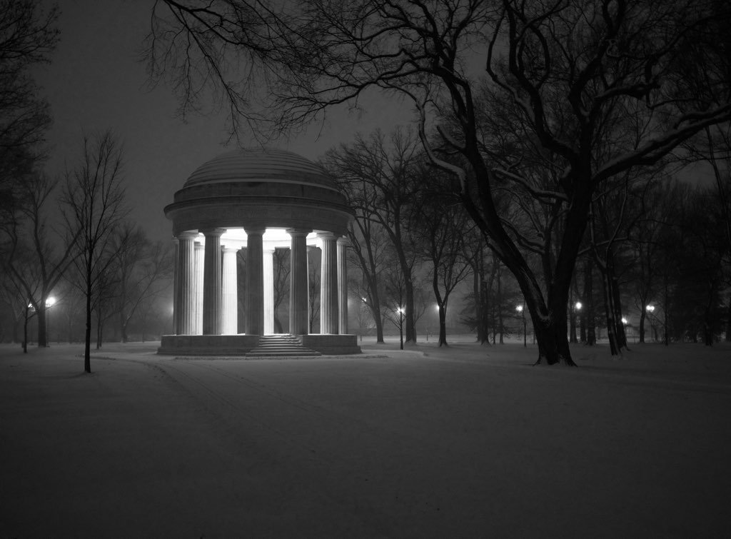 DC is a beautiful place in the snow. Photograph courtesy of Evan Gildenblatt.