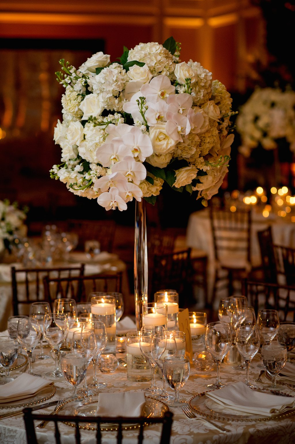 2-19-16-giant-floral-chuppah-ritz-carlton-classic-wedding-12