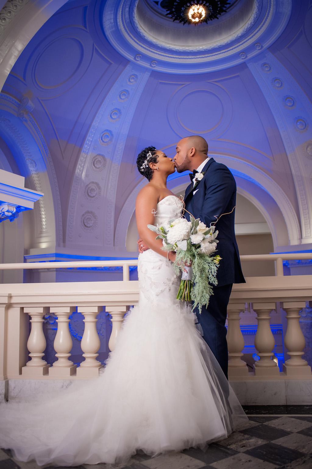 2-22-16-navy-winter-wedding-carnegie-institution-for-science-7