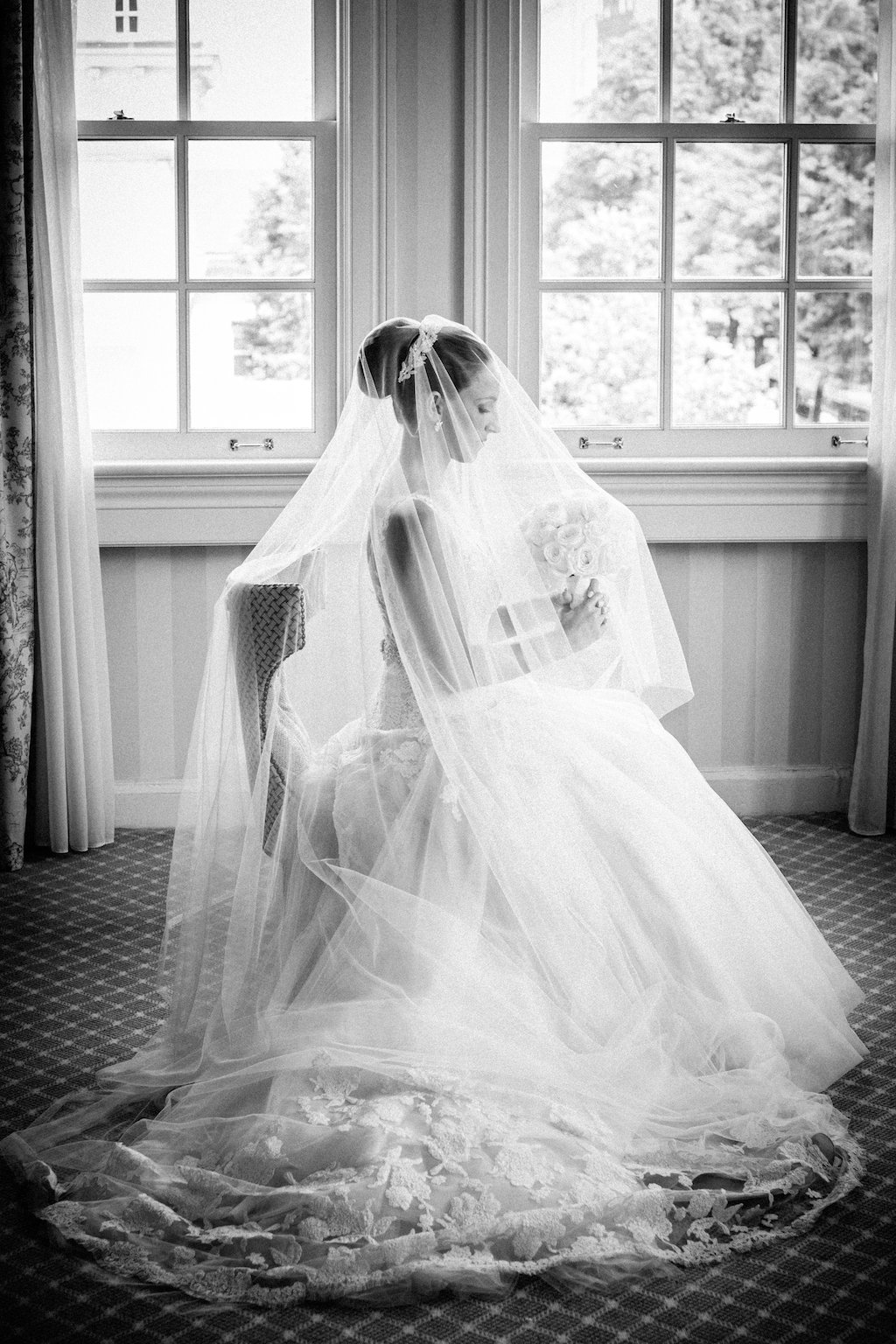 2-8-16-glam-andrew-mellon-gold-wedding-1new